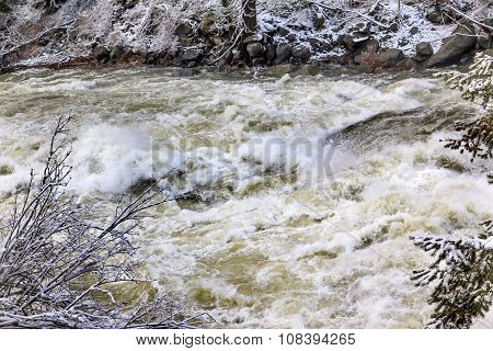 Wenatchee River Winter Rapids Leaves Snow Ice Near Stevens Pass Leavenworth Washington