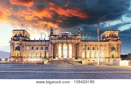 Berlin - Reichstag And Sunrise, Germany