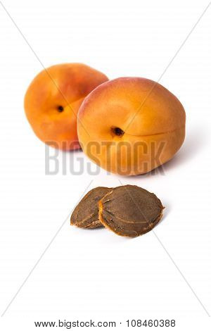 Apricot pits with apricots