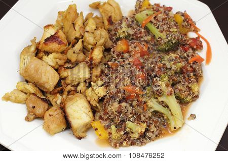 Chicken And Quinoa With Vegetables Dinner