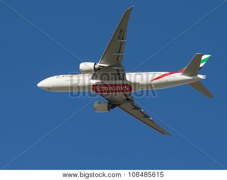 Passenger Boeing 777-21