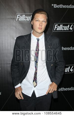 LOS ANGELES - NOV 05:  Austin Anderson at the Fallout 4 video game launch  at the downtown on November 05, 2015 in Los Angeles, CA