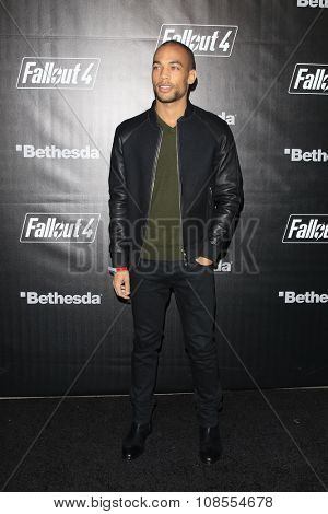LOS ANGELES - NOV 05:  Kendrick Sampson at the Fallout 4 video game launch  at the downtown on November 05, 2015 in Los Angeles, CA