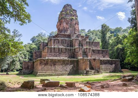 Baksei Chamkrong Temple In The Angkor Wat Historical  Complex