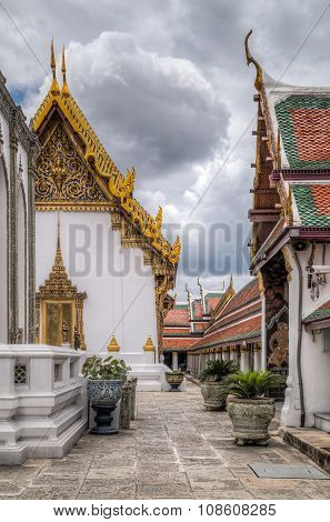 Buildings Of The Temple Of The Emerald Buddha  Complex