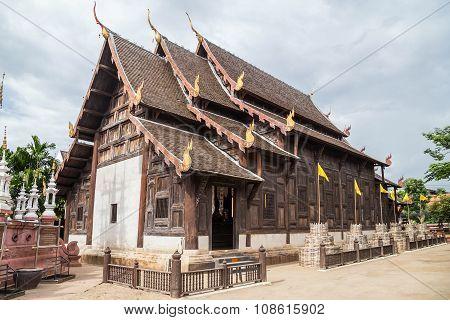 Phonrat Witthayakon, Wat Phan Tao School, Chiang Mai,  Thailand