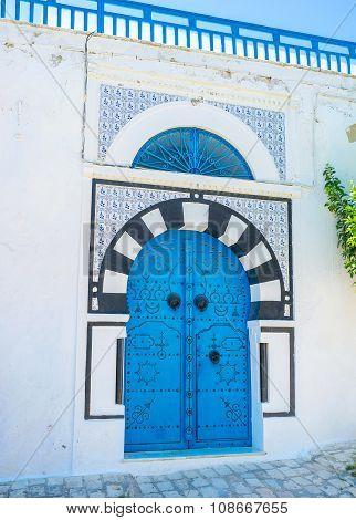 The Scenic Door