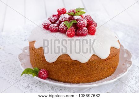 Raspberry Cake With Sugar Icing