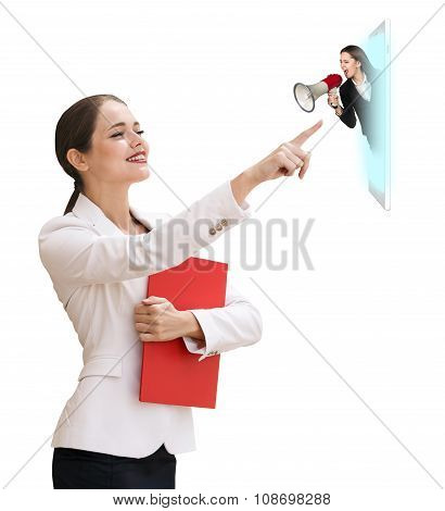 Business woman speak to the cell phone