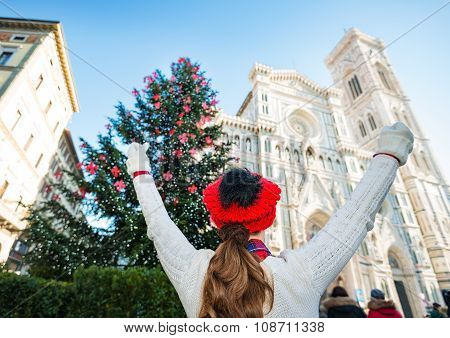 Young Travel Rejoicing To Be In Florence On Christmas Time