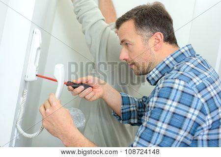 Repairing an intercom handset