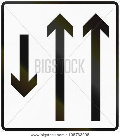Norwegian Lane Information Road Sign - Two Lanes With Opposing Traffic