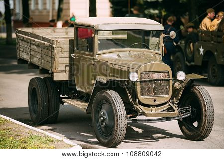 Russian soviet army military truck ZIS-5