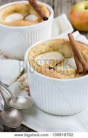 Sweet Apple Souffle With Apple Slice And Cinnamon