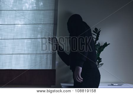 Housebreaker During Night Home Invasion