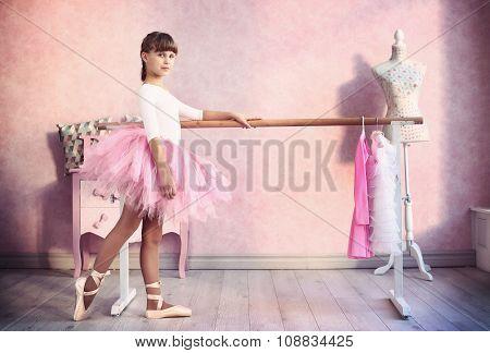 Girl Prepare For Classical Dance Lesson