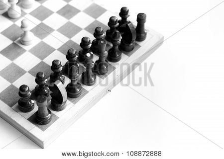 black & white checkerboard on white background