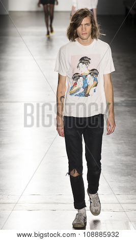 Custo Barcelona - Rehearsal - Spring Summer 2016 Collection