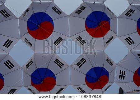 South Korean flags in Seoul