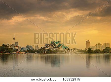 Kuala Lumpur Night Scenery, The Palace Of Culture