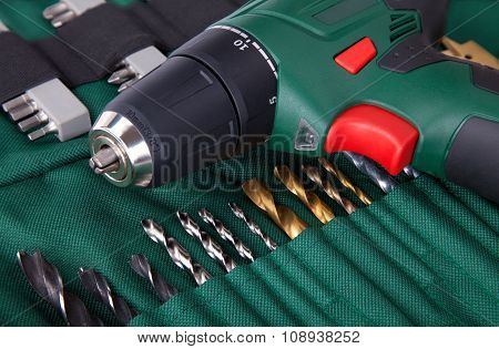 Cordless Screwdriver And Bits