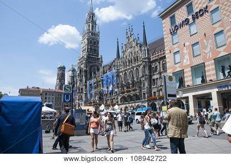 Munich, Germany -july 07: Marienplatz In Munich In Sunny Day On Summertime On July 07.2011 In Munich