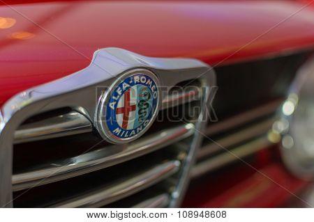 Alfa Romeo Milano Emblem