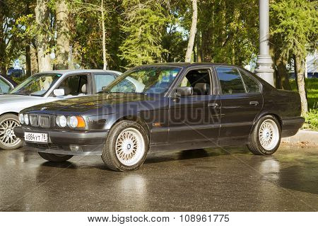 Old-car Bmw 5-series E34