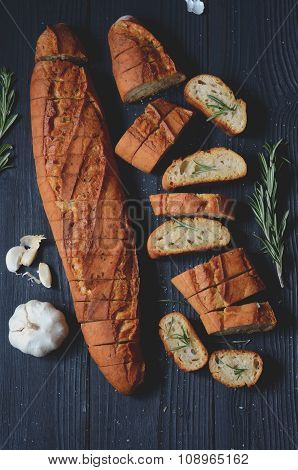 Garlic Bread With Rosemary