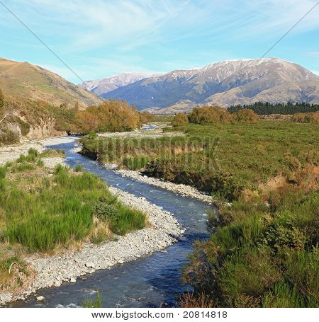Curve River To Alpine Alps Mountain At Arthur's Pass National Park New Zealandnational Park New Zeal