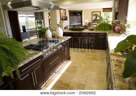 Kitchen Counter And Island 1419