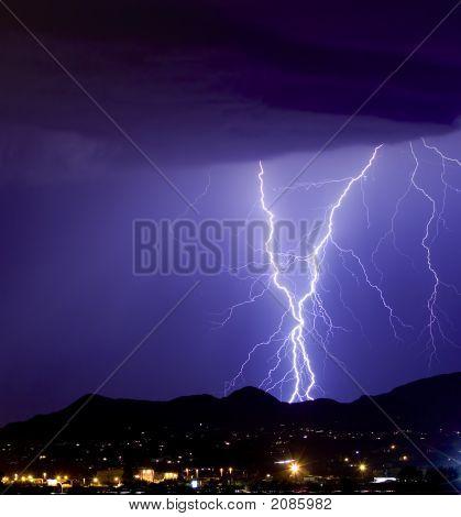 Sparkly Lightning