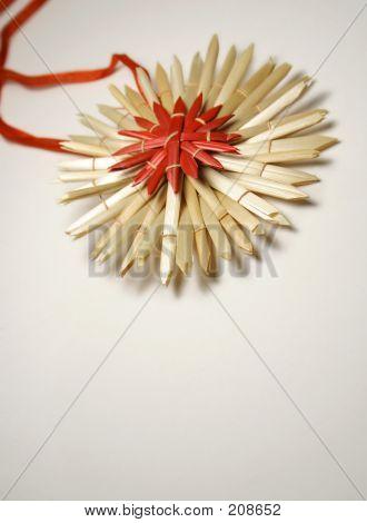 Straw Star Ribbon
