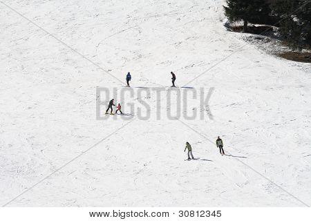 Skiing School