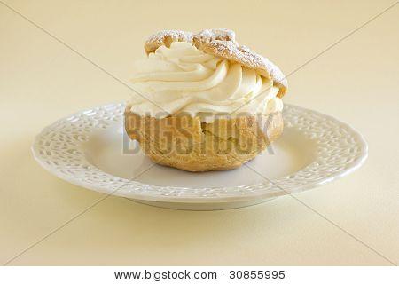Creme Puff Pastry Dessert