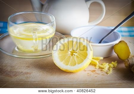 Lemon Honey And Ginger Drink