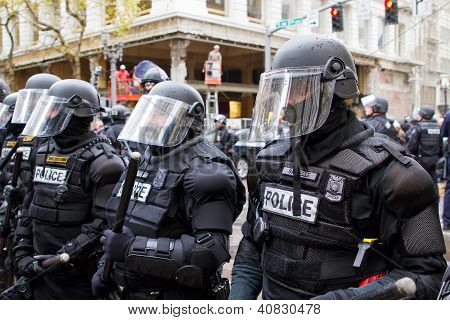 Portland Police In Riot Gear N17 Protest