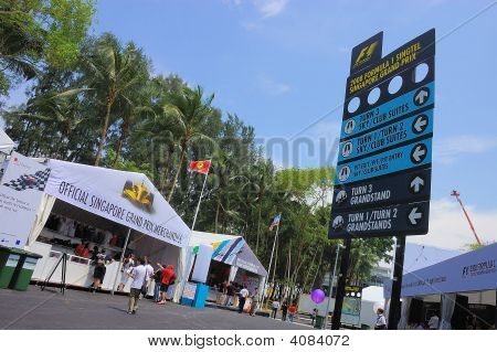 F1 Singapore Grand Prix Signboard And Merchandise