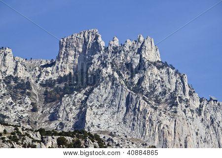Ay-perti Mountain