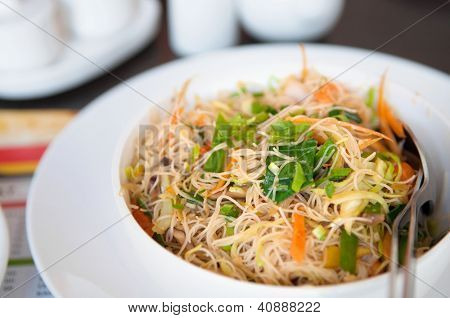 Delicious Singapore fried rice noodles