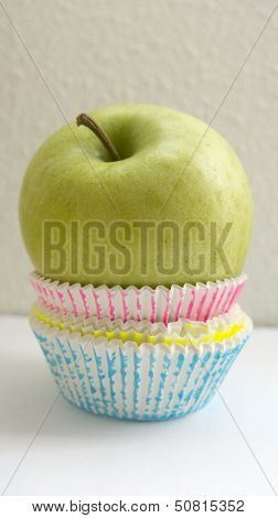 Apple healthier than a cupcake