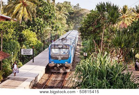 Apr 28: New Sri Lanka Railways Class S12  Train On Apr 28, 2013 In Bentota
