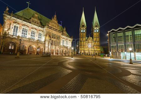 Market Square In Bremen At Night