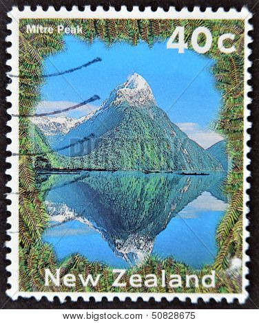 New Zealand - Circa 2002: A Stamp Printed In New Zealand Shows Image Of Mitre Peak, Circa 2002