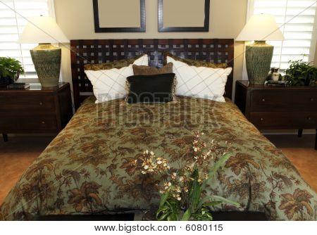 Contemporary luxury home bedroom.