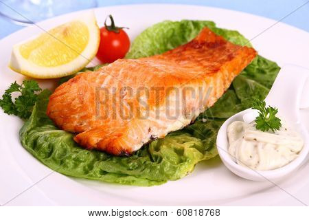 Grilled Salmon Fillet, Sauce, Tomato And Lemon