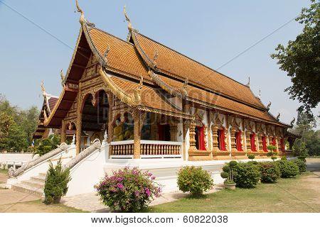 Thai Temple Wat Wiang Kum Kam