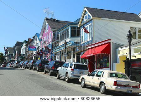 Lobster restaurants and souvenir shops in historic Bar Harbor, Maine