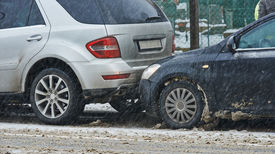 picture of slippery-roads  - car crash collision accident on an city road in winter - JPG