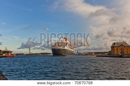 Arriving Queen Mary 2 Liner To Stavanger, Norway